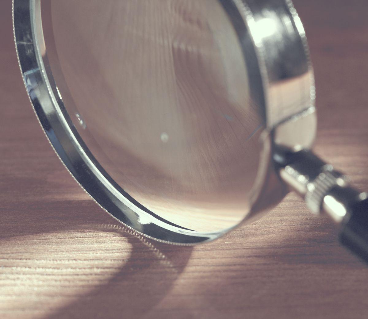Εξοπλισμός γραφολογίας - Δικαστικός Γραφολόγος